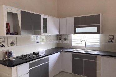 Tủ bếp Acrylic nhà chị Phượng đường song hành hóc môn