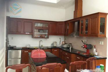 Thiết kế thi công tủ bếp gỗ tự nhiên nhà Chị Dung Thanh Đa
