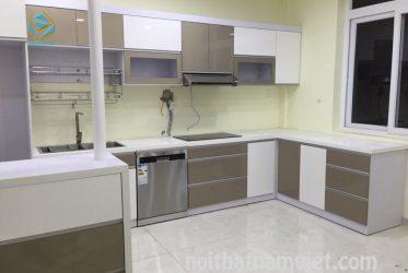 Thiết kế thi công tủ bếp gỗ công nghiệp acrylic TBARL-012