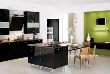 Mẫu tủ bếp gỗ màu đen phủ Acrylic đẹp sang trọng TBARL-018