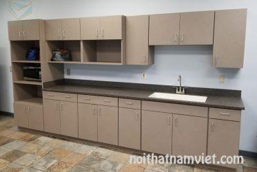 Tủ bếp thùng picomat cánh gỗ Laminate LM-1029