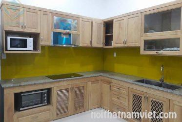 Thiết kế tủ bếp gỗ Sồi tân cổ điển hình chữ L đẹp sang trọng TBGS-006