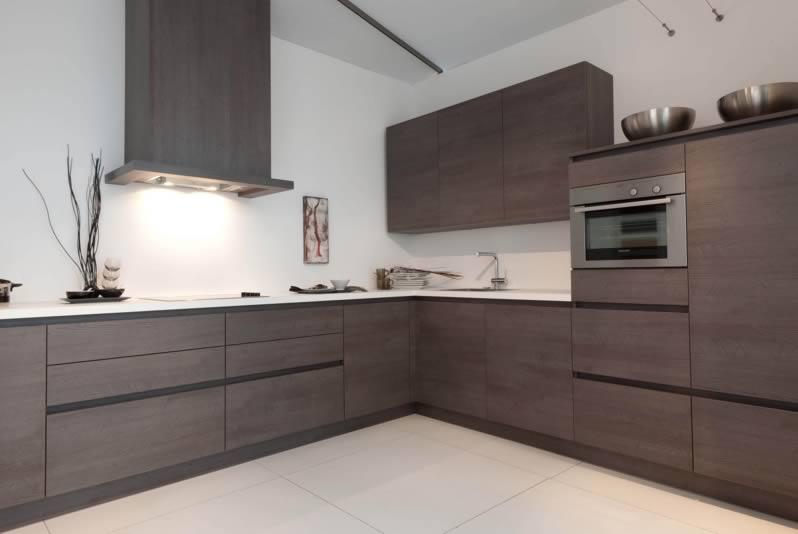 Tủ bếp gỗ laminate chữ L