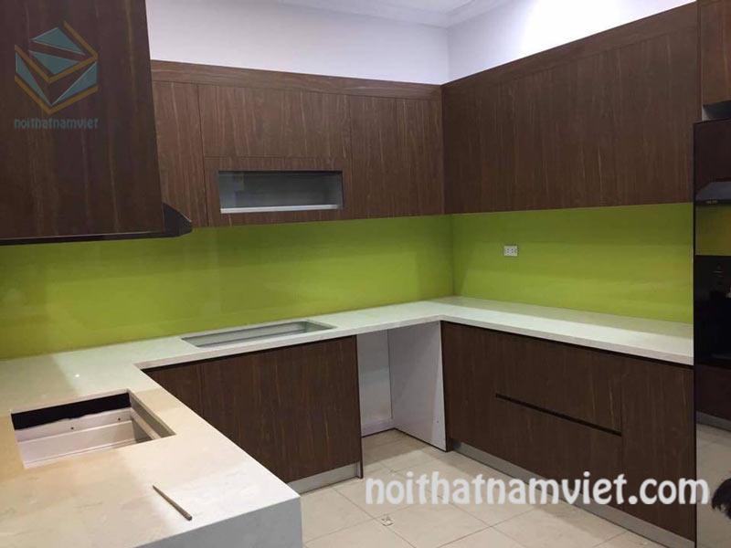 Thi công tủ bếp gỗ Acrylic AC-2074 thiết kế chữ U tiện nghi quận Bình Tân