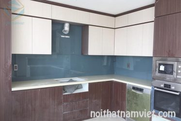 Mẫu tủ bếp Acrylic chữ L đẹp hiện đại đẳng cấp tại TpHCM AC-2076