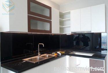 Thiết kế tủ bếp gỗ công nghiệp Acrylic màu trắng đẹp tuyệt AC-2082