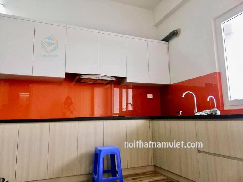 Tủ bếp gỗ Melamine An Cường phối màu tươi sáng giá tốt HCM