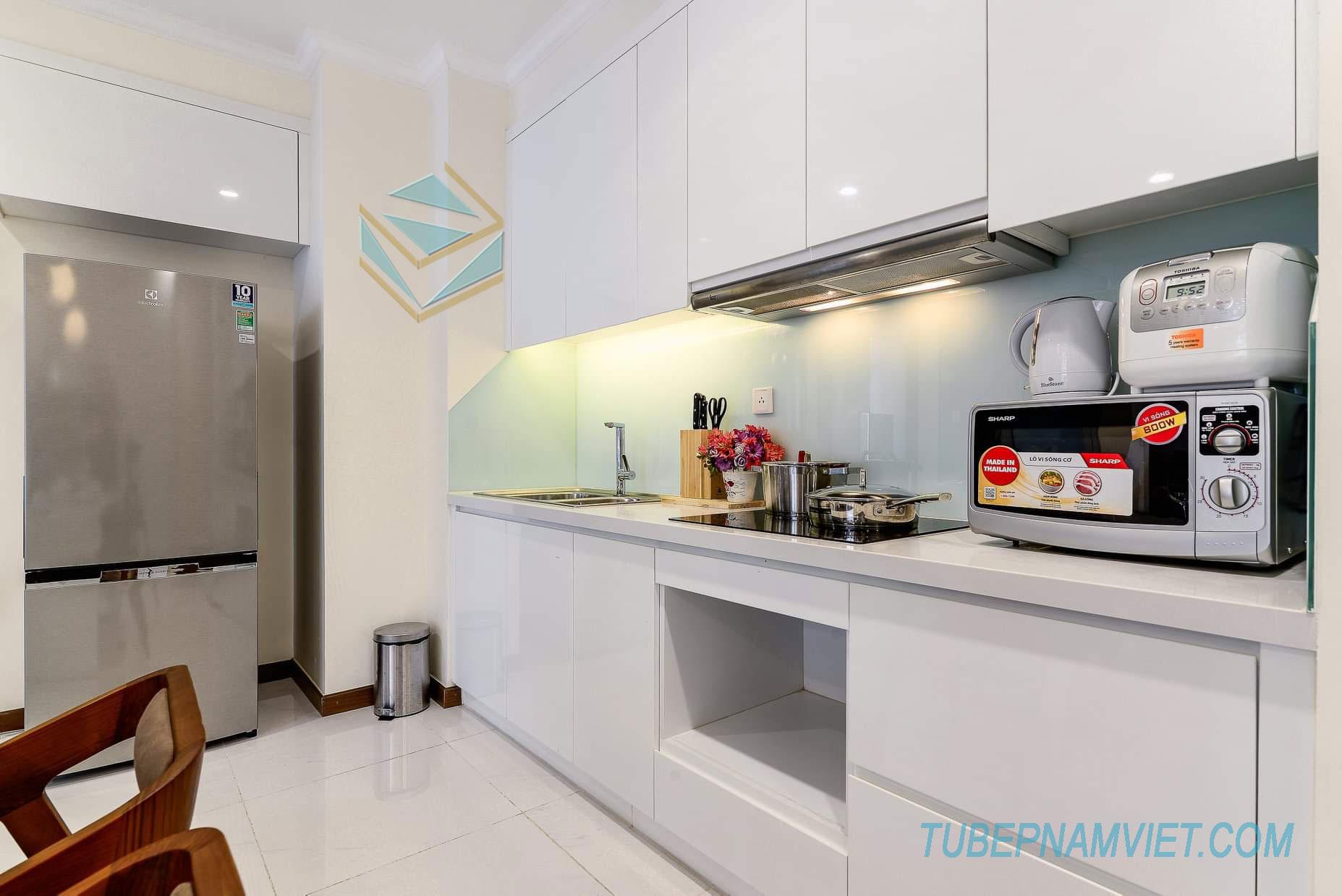 tủ bếp acrylic nhỏ gọn cho chung cư AC-2113