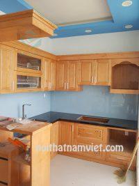 thi công tủ bếp gỗ sồi tự nhiên đẹp quận 3 GS-1018