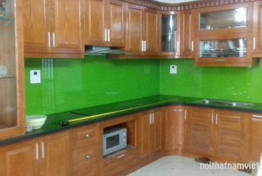 Thiết kế thi công tủ bếp gỗ sồi tự nhiên chữ L GS-1013