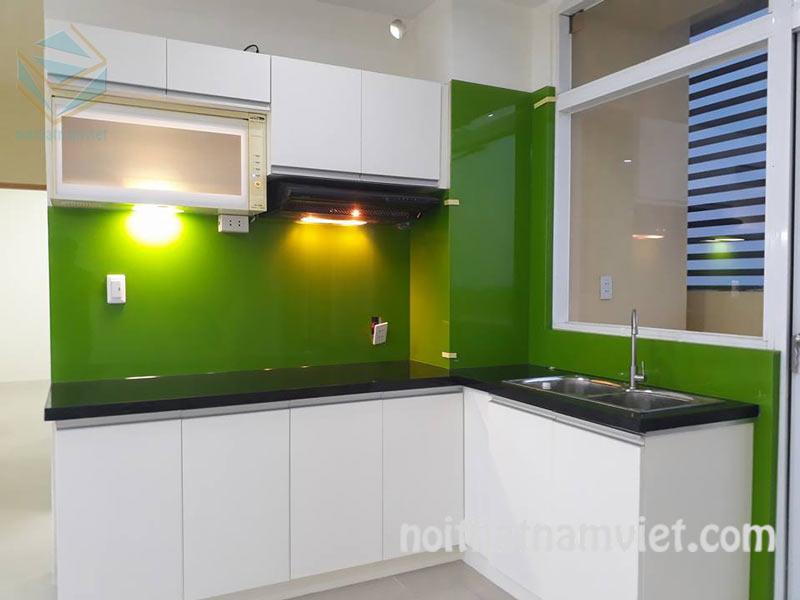 Tủ bếp MDF phủ melamine cho chung cư