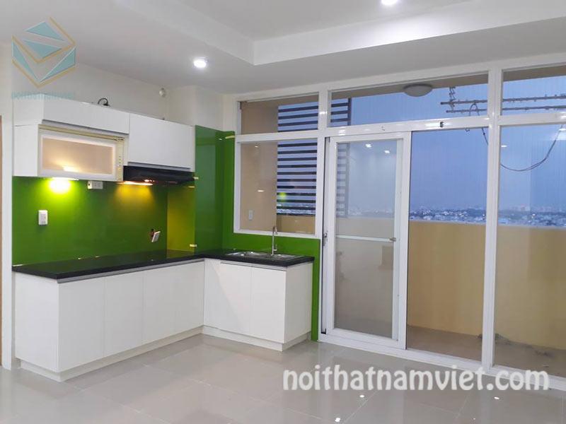 Tủ bếp MDF kháng ẩm phủ melamine đơn giản cho chung cư