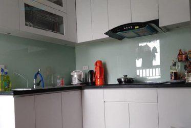 Mẫu tủ bếp MDF phủ Melamine chữ L màu trắng nhỏ gọn MM-0019