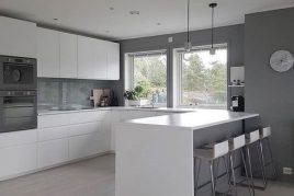 tủ bếp melamine tông trắng đẹp hiện đại