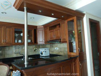 Chiêm ngưỡng vẻ đẹp của tủ bếp làm từ gỗ tự nhiên Xoan Đào