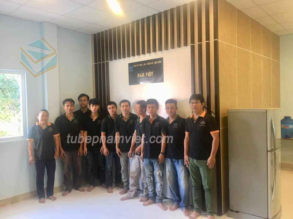Đội ngũ kỹ thuật viên công ty nội thất Nam Việt chuyên nghiệp, nhiệt tình và thật thà