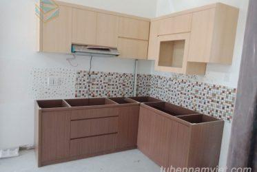 Nhận đóng tủ bếp nhỏ đẹp cho căn hộ chung cư dưới 50m2 giá rẻ chất lượng