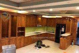 Công trình thi công tủ bếp gỗ Gõ Đỏ tự nhiên đẹp Quận 9 TPHCM