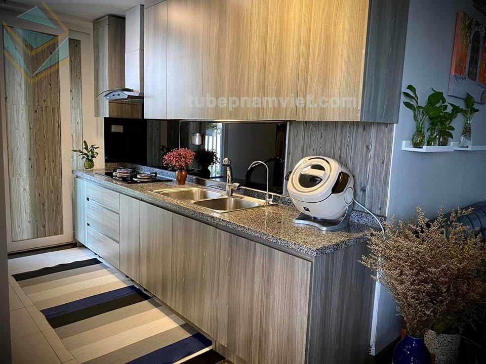 căn hộ nhỏ thì chọn mẫu tủ bếp gỗ công nghiệp như thế nào?