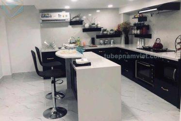 Tủ bếp gỗ Acrylic có bàn đảo màu xanh đen hiện đại giá gốc AC-2139