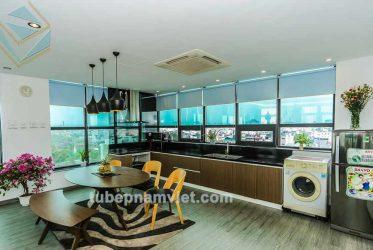 Thiết kế tủ bếp gỗ công nghiệp đẹp cho căn hộ TPHCM