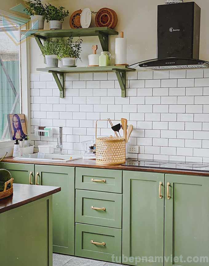 Kiểu dáng tủ bếp gỗ chữ I và bàn đảo đẹp tại Đà Lạt