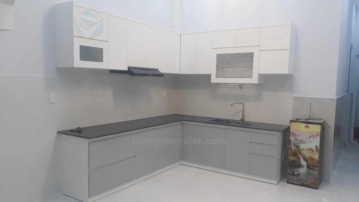 Hình ảnh thi công thực tế tủ bếp gỗ Melamine nhà anh Minh Phạm Văn Chiêu Gò Vấp