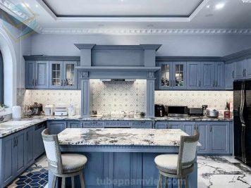 Tủ bếp gỗ sồi màu xanh lam đẹp hot năm 2020