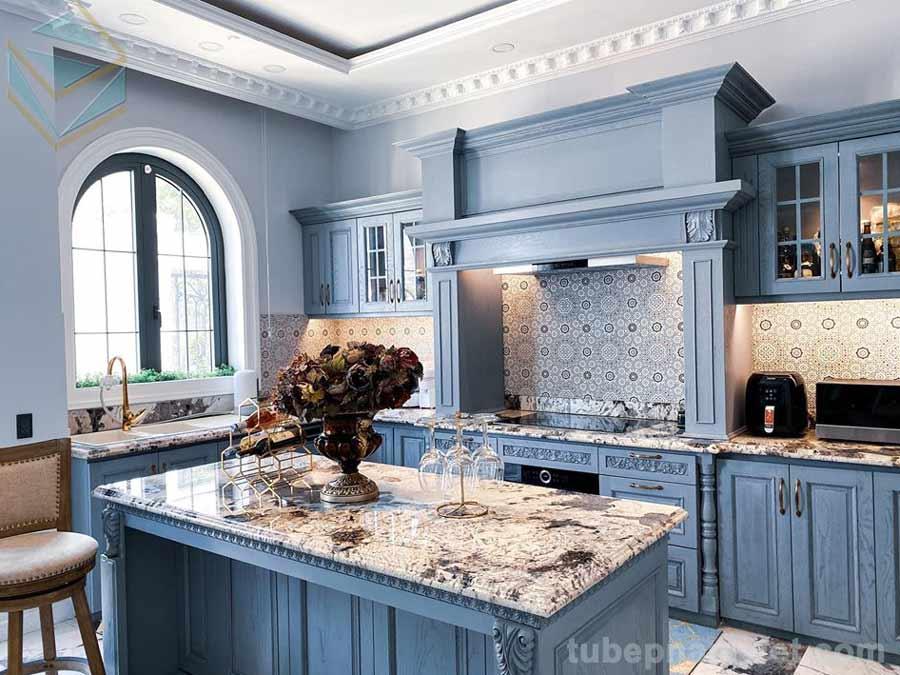 mẫu thiết kế tủ bếp sang chảnh của nhà nghệ sĩ nổi tiếng